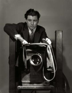 George Hurrell Selbstportrait - Hollywood Glamour